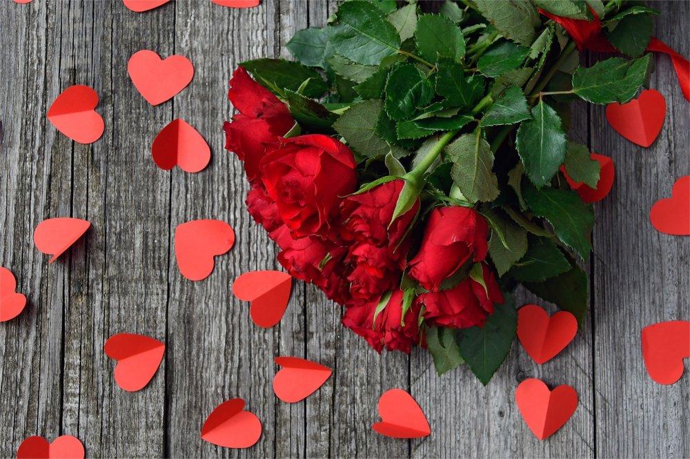 7 Fiori Significato.Il Significato Del Numero Di Rose Rosse Speedyflowers It
