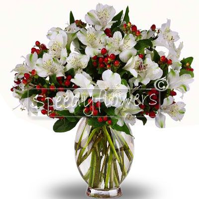 Bouquet of flowers with alstroemerie and flowers of complement