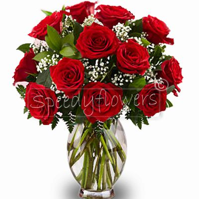 Bouquet of red roses for Grandparents' Day . Reduce distances immediately gives this bouquet.