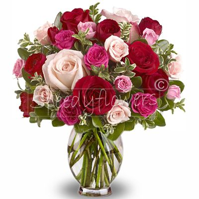 Lovely bouquet with mixed roses red and pink