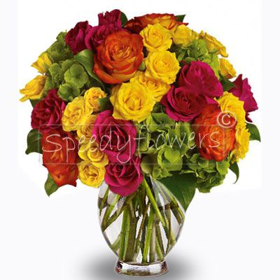Buy this yellow, red and orange roses bouquet dedicated to the mother to send her your wishes.